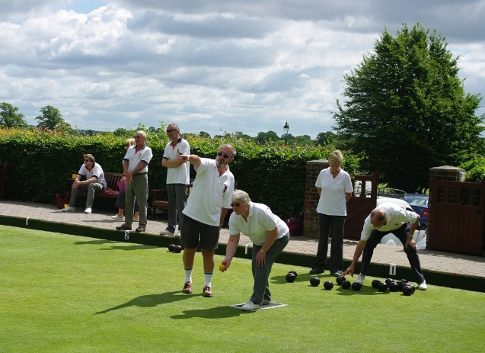 New bowlers at a coaching session at Lindfield